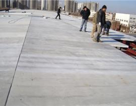 GF人人体育官方下载保温复合板用于钢结构坡屋面