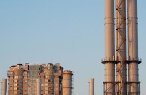 呼和浩特石化煉油廠生產大樓開荒保潔