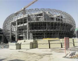 GF人人体育官方下载保温复合板用于球型网架屋面