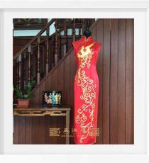 红色盘大金凤凰手工旗袍
