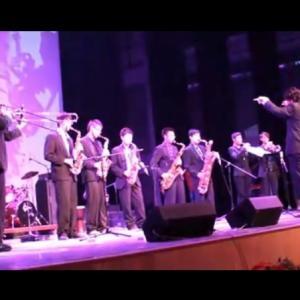 萨克斯兄弟培训中心王少华教授指挥的爵士乐团表演实况视频