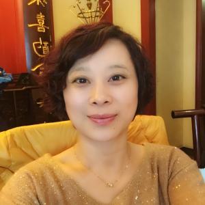 声乐教授叶德敏