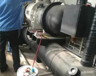 格力螺杆机组空调机组换油保养