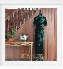 真丝手绘墨绿色牡丹手工旗袍