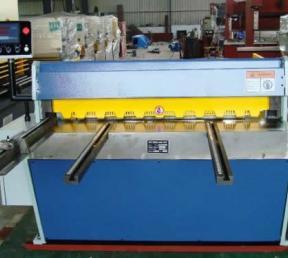 QH11D系列精密剪板机
