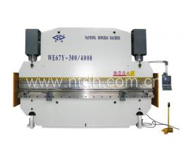 WE67Y-300/4000扭轴同步液压折弯机
