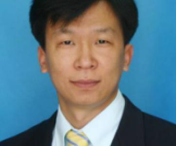 尹宏刚 老师