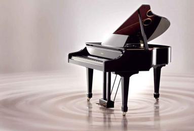 钢琴搬运,轻拿轻放